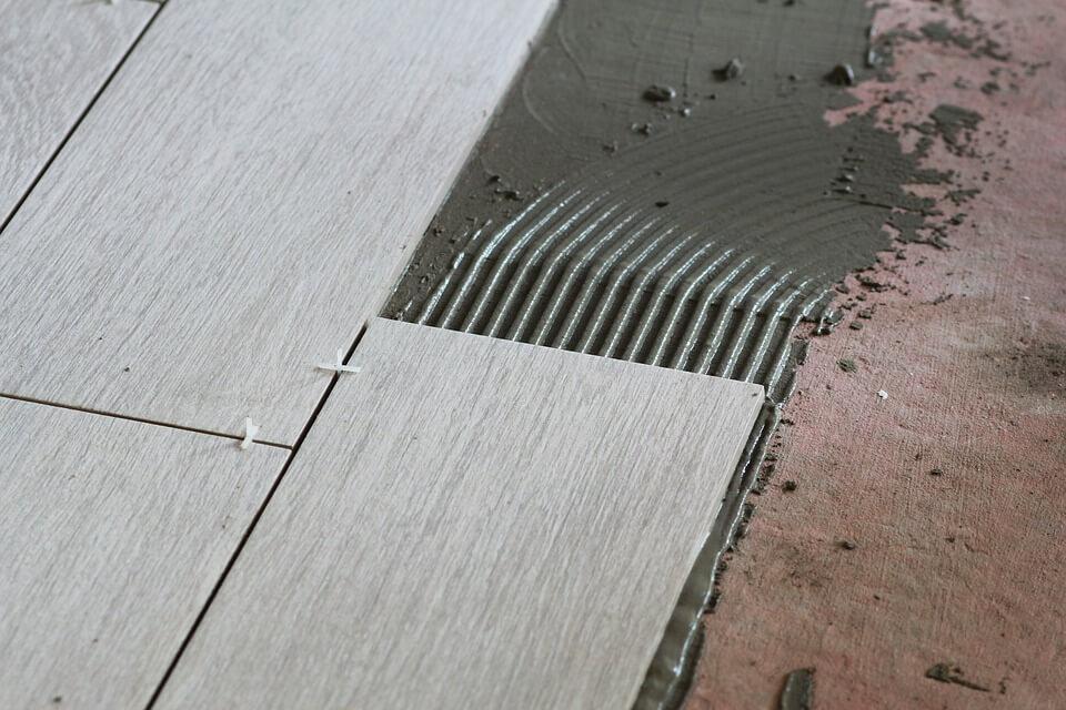układanie płytek ściennych dla zawodowców